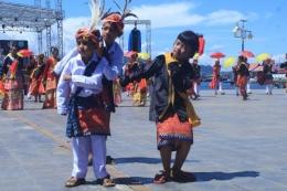 Tarian Tradisional di Halmahera Barat. / SUMBER: kumparan.com