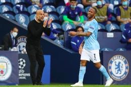 Mungkin hanya Pep yang memberinya tepuk tangan hari itu (AFP via Getty Images/Pool)