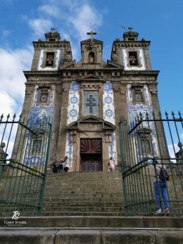 Gereja Santo Ildefonso - Porto   Sumber: koleksi pribadi