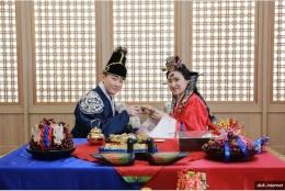Ilustrasi Perjodohan di Korea (sumber foto: https://www.popbela.com/relationship/married/dinalathifa/negara-yang-masih-menganut-perjodohan/2)