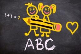 Ilustrasi anak sekolah (sumber gambar: pixabay.com)