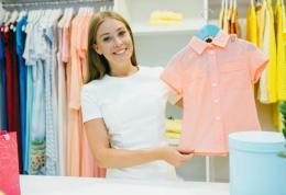 Merawat pakaian (sumber: katamedia.co)