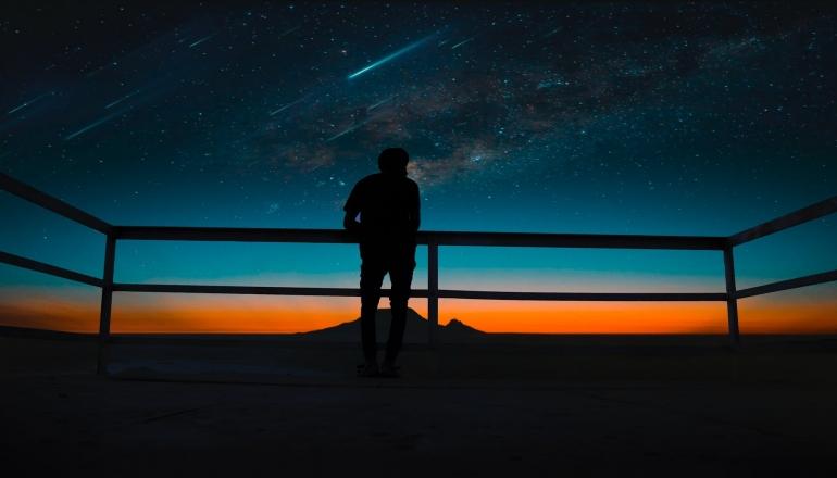 Ilustrasi Hujan Meteor   Pexels/Raman deep