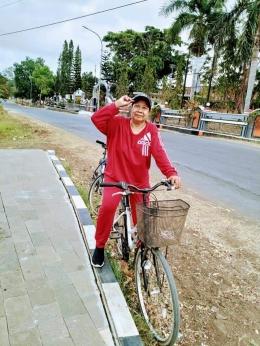 Dokpri Ibunda bersepeda