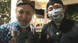 Penulis (kiri) dan Ketua Panitia Silaturahmi Papanmas Bp. Cipto Subroto SE M.Sc