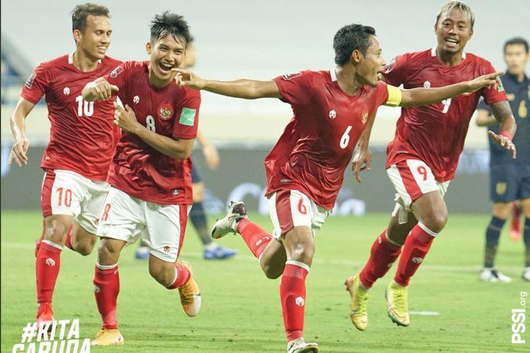 Evan Dimas membentangkan tangan merayakan gol ke gawang Thailand. Foto PSSI dipublikasikan kompas.com