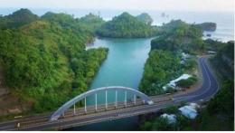 Gambar: Akses Jalan Jalur Lintas Selatan (JLS) di Kabupaten Malanghttps://www.hargatiket.net/harga-tiket-pantai-bajul-mati-malang/