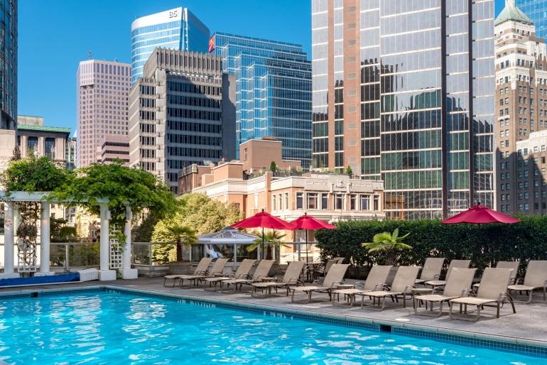 https://www.nodestinations.com/blog/fairmont-waterfront-vancouver-luxury-hotel