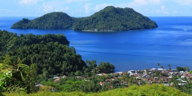 Pulau Sangihe dan sejumlah pulau kecil di sekitarnya   (Kompas.com/Ronny Adolof Buol)