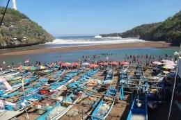 Nelayan Pantai Baron (kompas.com)