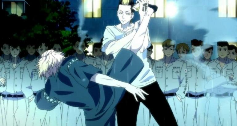 Hanma Shuji saat menahan tendangan nuklir Mikey. Via tangkap layar (dokpri)