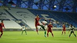 Duel Vietnam vs Indonesia di Kualifikasi Piala Dunia 2022 Zona Asia, di Al-Maktoum, Dubai, Uni Emirat Arab (7/6). Sumber: PSSI.org