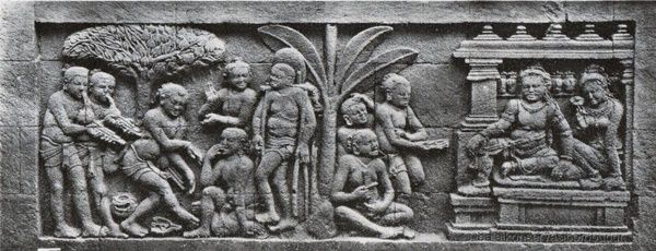 Relief Karmawibhangga di Candi Borobudur tentang pengobatan (Foto: Balai Konservasi Borobudur)
