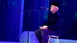 Gus Mus dalam acara 'Doa untuk Palestina' di Taman Ismail Marzuki (TIM) Jakarta, 24 Agustus 2017. dok:Antara Foto