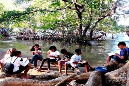 Ilustrasi model pembelajaran literasi membaca dan menulis di perbatasan RI-Timor Leste. Cendananews.com