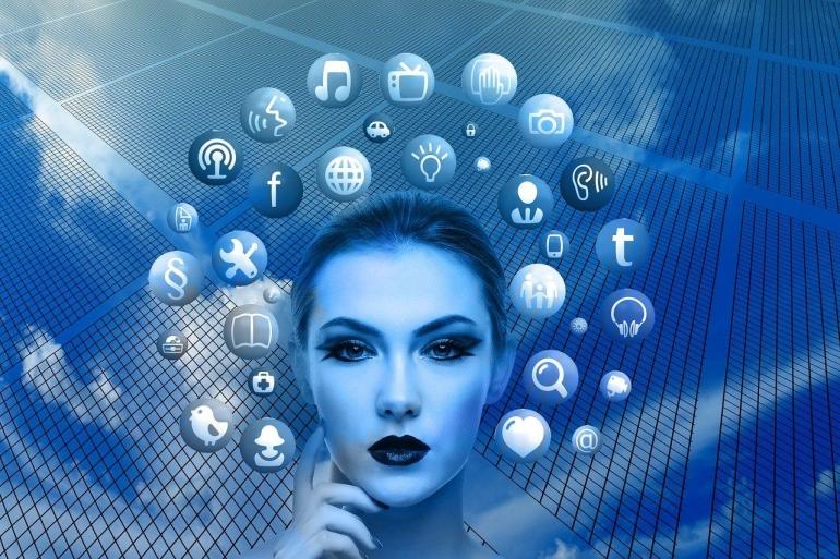 Apa jadinya jika seorang filsuf bermain media sosial? | Ilustrasi oleh Gerd Altmann via Pixabay