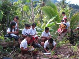 Belajar di alam (kompasiana.com)