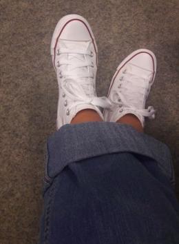 Sepatu berwarna putih setelah berusia 5 tahun lamanya (Dokpri)