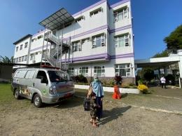 Ambulance Khusus Hewan di Rumah Sakit Hewan Provinsi Jawa Barat. Sumber: dokumentasi pribadi.