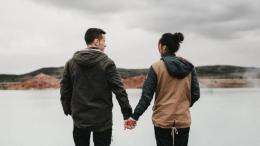 Ilustrasi pasangan kekasih (sumber: herstory.co.id)