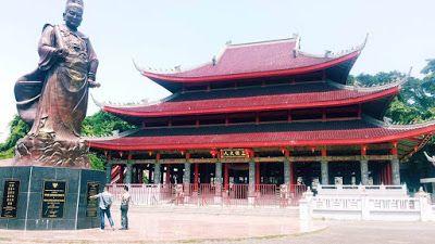 Sam Poo Kong (sumber: brobali.com)