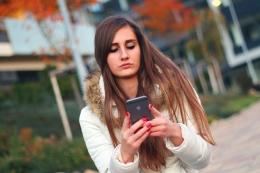 Artikel di internet hingga komentar di media sosial bisa jadi sumber body shaming. Bagaimana mengatasinya? (Jan Vasek/Pixabay)