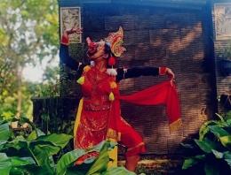 Penampilan tari Bapang oleh satu siswa SMPN 1 Kasembon (dokpri)