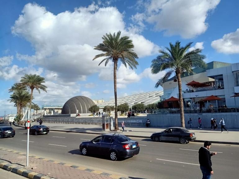 Ilustrasi jalan utama di Alexandria, di depan Bibliotheca Alexandria. Dokpri