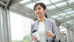 Ilustrasi seseorang mengenakan seragam kerja, sumber: Shutterstock