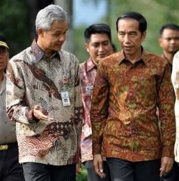 Presiden Jokowi dan Gubernur Jawa Tengah, Ganjar Pranowo. (photo/ANTARA FOTO/Anis Efizudin)