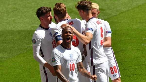 Raheem Sterling merayakan gol yang dicetaknya ke gawang Krosia dalam laga dari grup D Piala Eropa. Sumber foto: Getty Images via Goal.com