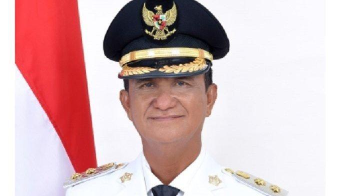 Alm. Wakil Bupati Sangihe, Helmud Hontong. Gambar dari tribunnews.com