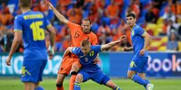 Timnas Ukraina merepotkan Belanda (bola.net)