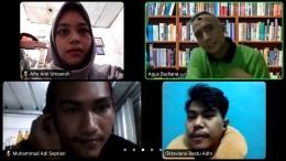 Foto pada saat proses penyampaian materi dan diskusi kelompok melalui zoom.