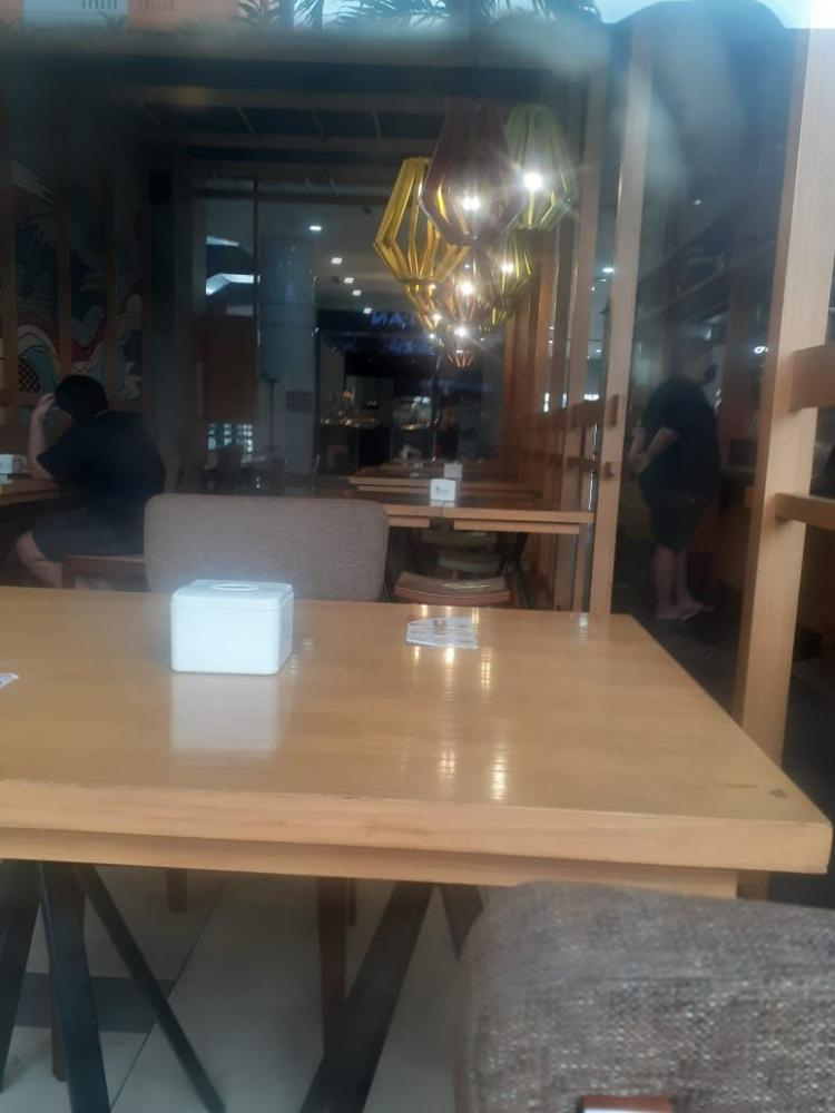 Foto Pribadi Fanky - Makan siang sepi