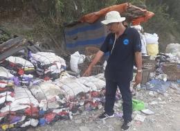 Ilustrasi: Penulis dalam kunjungan di TPA Piyungan Bantul Yogyakarta. Dok: Pribadi
