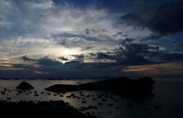 Pemandangan matahari terbenam dari hostel (Dokumentasi pribadi)