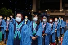 Wisudawan Universitas BSI ke-53/Foto. UBSI