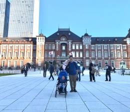 Mengunjungi Stasiun Tokyo. Sumber: dokumentasi pribadi.
