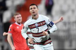 Dua gol tambahan Cristiano Ronaldo membawa Portugal menjadi pemimpin klasemen sementara Grup F Euro 2020. Kompas.com