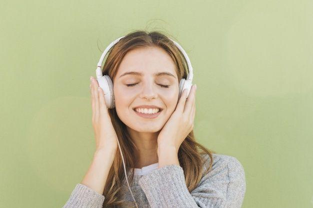 Manfaat Mendengarkan Musik, Ternyata Bisa Bantu Program Diet Loh! (Source:Freepik/lenon)