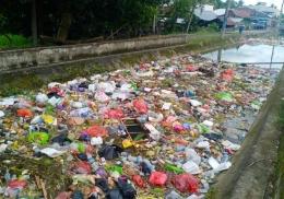 Ilustrasi: Sampah tersebut hanya bisa terdeteksi secara nasional oleh PKPS sebagai suprastruktur. Sumber: Dok.Pribadi