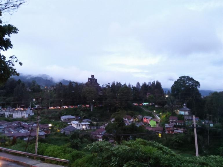 Pemandangan saat senja di salah satu sudut kota Berastagi-Dokumentasi pribadi
