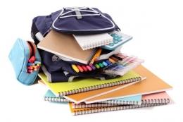 Perlengkapan sekolah (freepik.com).