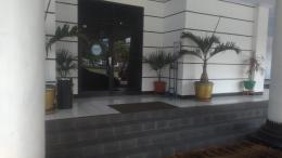 Pintu masuk gedung kantor Wali Kota Cilegon (Foto Rudi Sanjaya)