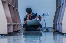 Ilustrasi kecewa karena gagal lulus ujian masuk perguruan tinggi| Sumber: Pixabay via Kompas.com