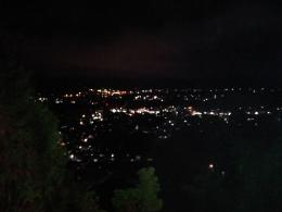 Panorama malam kota Berastagi dilihat dari puncak bukit Gundaling-Dokumentasi pribadi