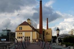 Pabrik bir Pilsner Urquell di kota Plzen. Sumber: Dkriegls / wikimedia