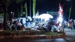 Suasana pasar malam setiap malam minggu di BKT Marunda (Dokpri)