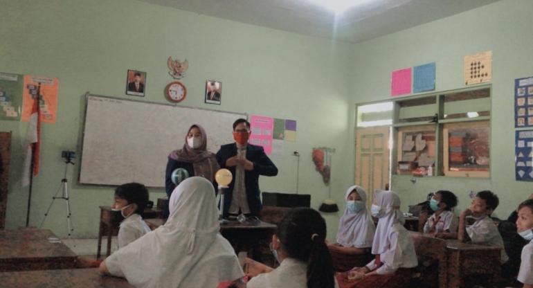 Kegiatan Pembelajaran Menggunakan Media Pembelajaran Gerhana Matahari dan Bulan/Dokpri